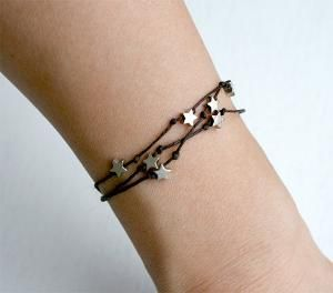 This would be so simple to make. Knots and stars.