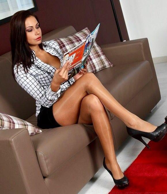 Very nice crossed legs   Crossed legs   Pinterest   Nice ...