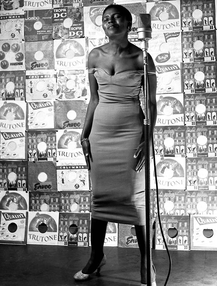 Jürgen SCHADEBERG :: Miriam Makeba, 1955