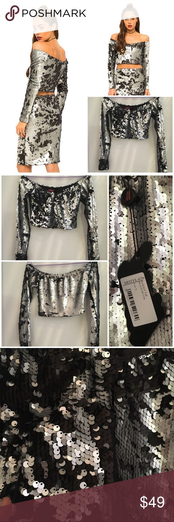 "Motel rocks sequin long sleeve Bardot top NWT sml Motel rocks sequin long sleeve Bardot top NWT SML. Hem 13.5"". U/a 15.5"". Sleeve 22"". Silver sequin on top black sequin on other side. Amazing top. ❌🅿🅿❌trades❌holds pls use offer button for price negotiations ASOS Tops"