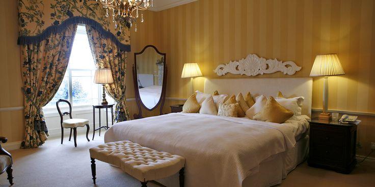 Heritage Room: Bedroom Roisin