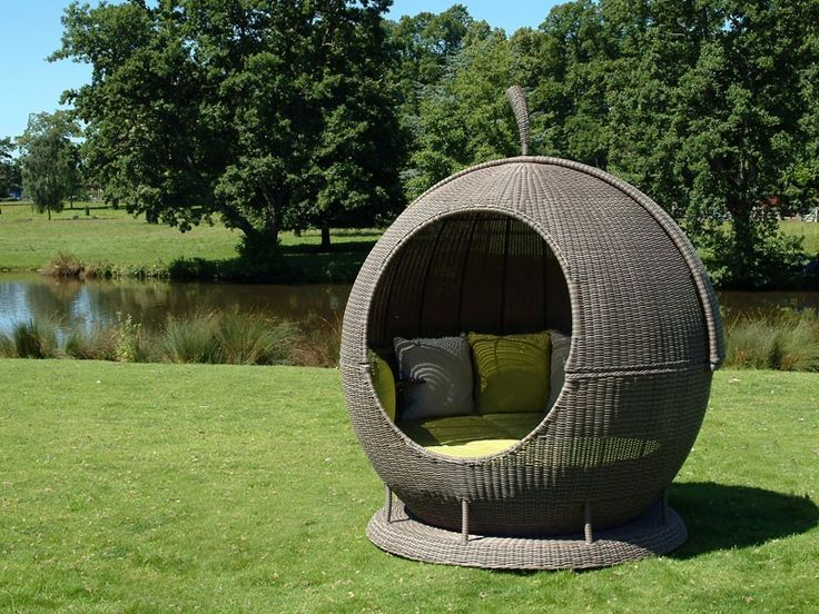 30 Unique Daybeds to Find Comfort and Peace Under the Sun ...