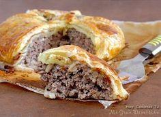 Pastel de carne, bacon y queso roquefort