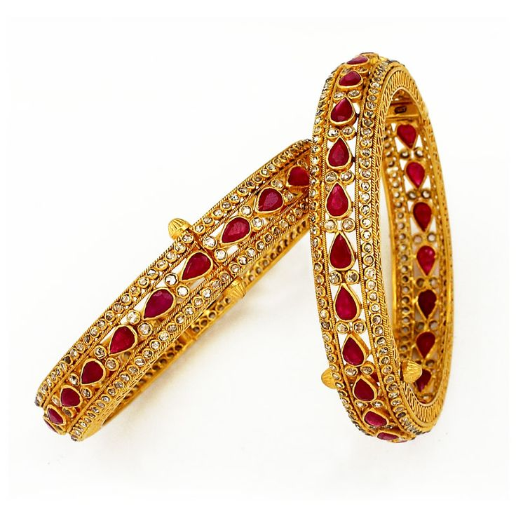 GRT | Collections | Diamond | Bangles | Uncut Diamond Bangles with Center Pear Shaped Rubys