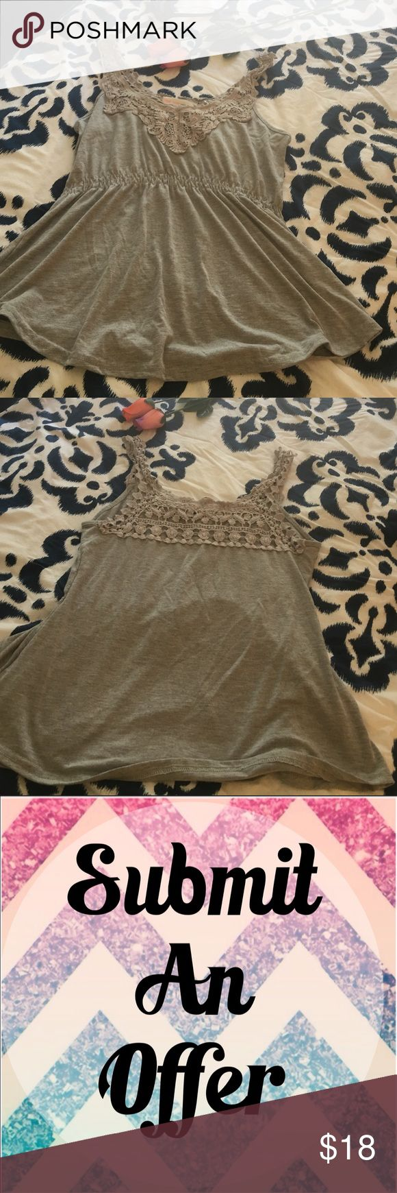 💕 Sale 💕 $10 Cute laser cut tank top • good condition • Love Tree Happens Tops Tank Tops