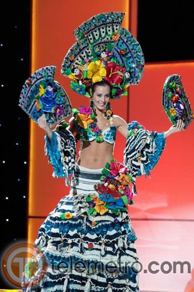 MISS NICARAGUA - Trajes típicos del Miss Universo 2011