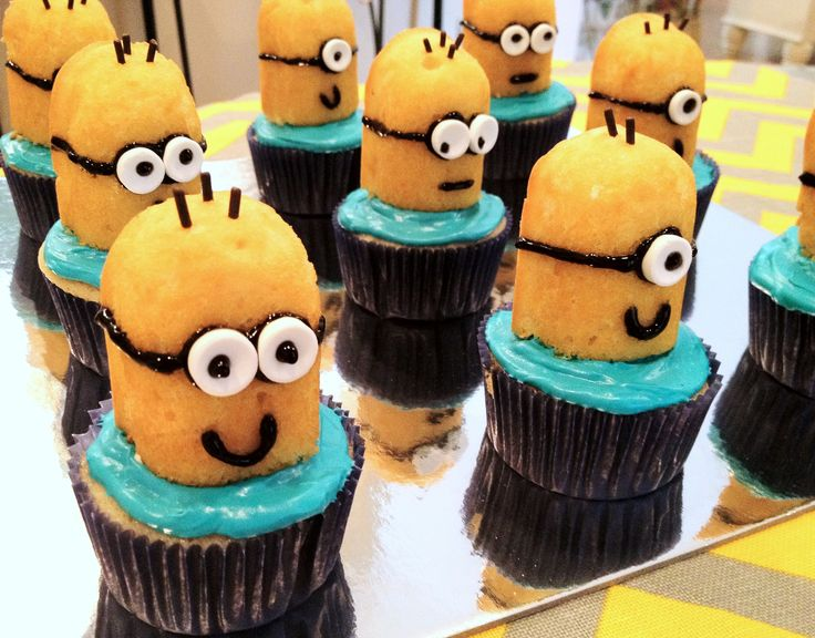 minion cupcakes | Gonna make these for my boys!!!!