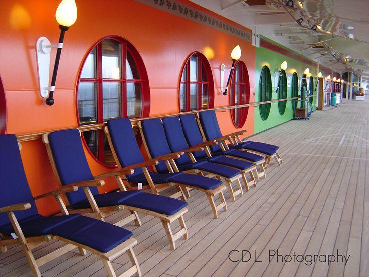 Cruiseship Lido deck