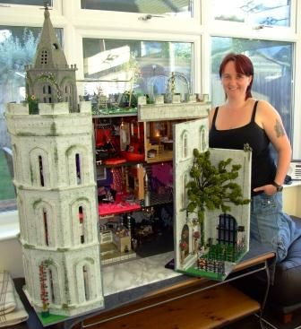 The Castle - A Dolls House with a Difference   Features   Collectors Club of Great Britain