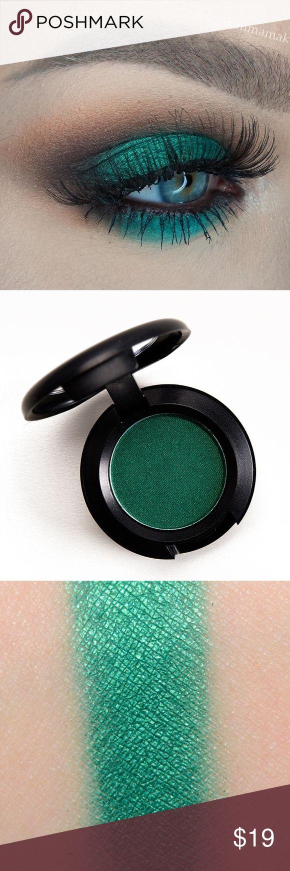 Last One Nib Mac New Crop Frost Eye Shadow Eyeshadow Green Cosmetics Makeup Cosmetics