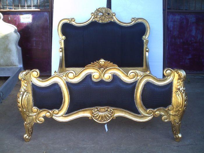 Liv Chic Modern Baroque Furniture Www Livchic Com