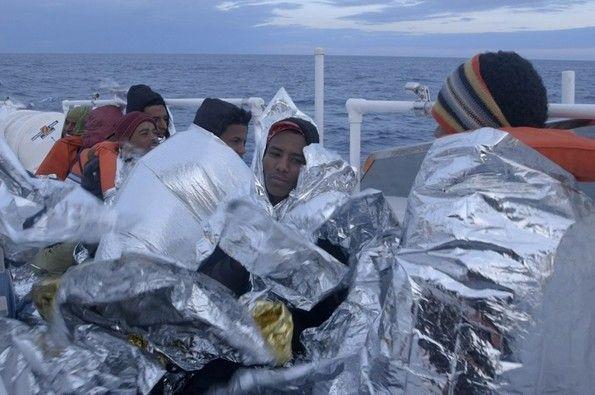 Lampedusa in Winter, Austria/Włochy/Szwajcaria 2015, reż. Jakob Brossmann #łódź #lodz #pgnig #transatlantyk #festival