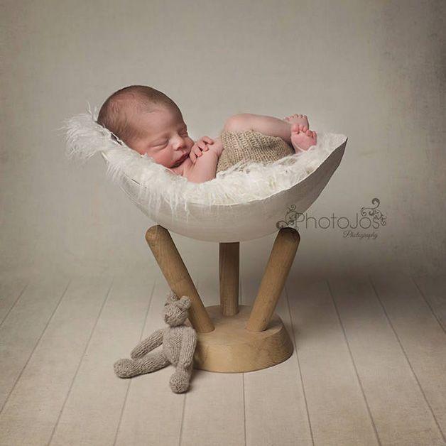 ensaio - a casca é feita do molde da barriga da mãe grávida