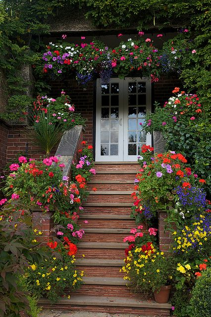 Entrance container flower garden that makes a statement