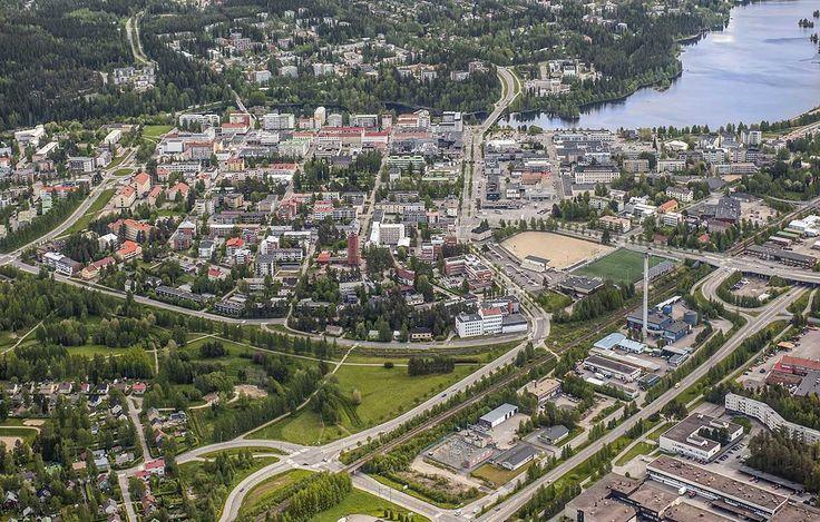 ilmakuva Kajaanin keskustasta, kuva: Pekka Agarth