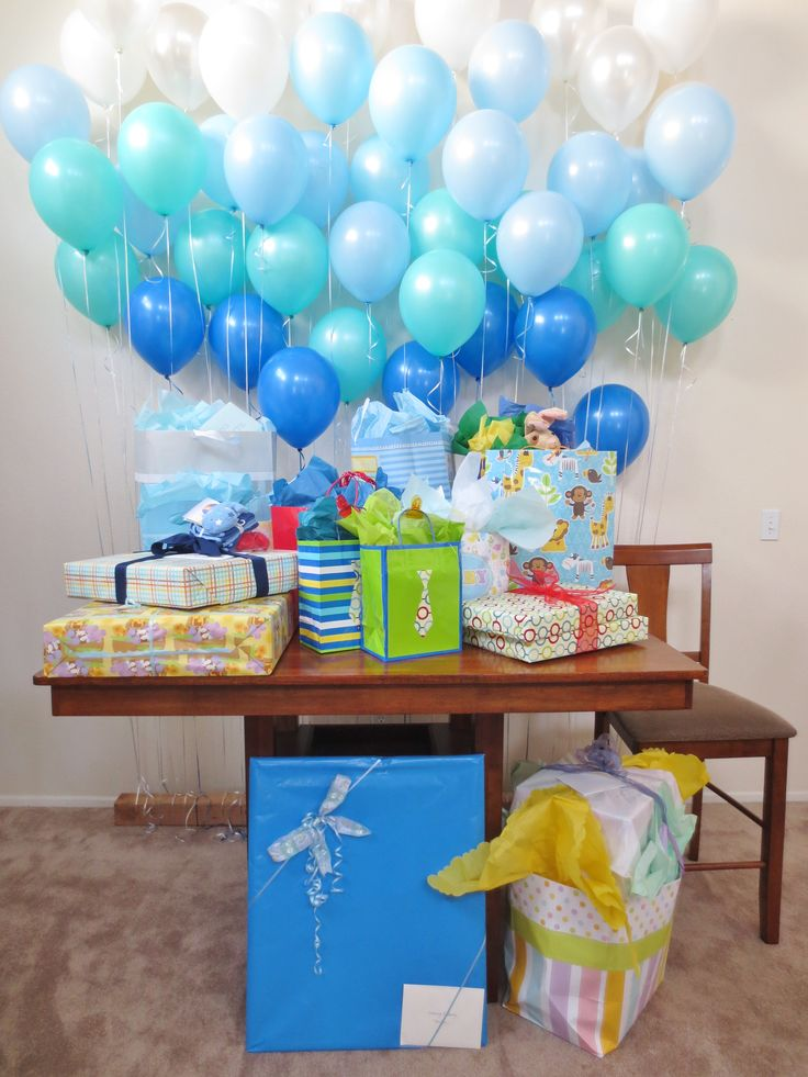 Balloon wall baby shower decorations baby shower for Baby boy decoration