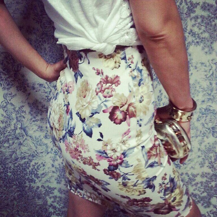 Faldas tubo con estampado flores