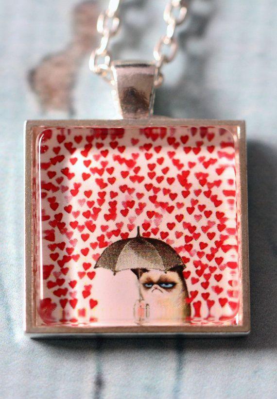 Grumpy Cat - Raining hearts silver square glass necklace