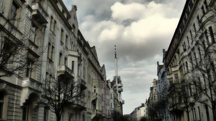 https://flic.kr/p/FupF5j | Vinohrady | Krkonošská ulice
