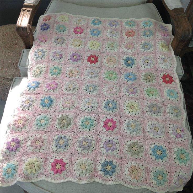 Pastel baby blanket in cotton Moya and Nikkim yarns x