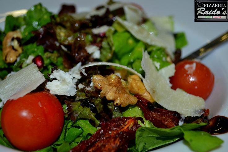 Ρόκα - μαρούλι Raido's !!! #salad