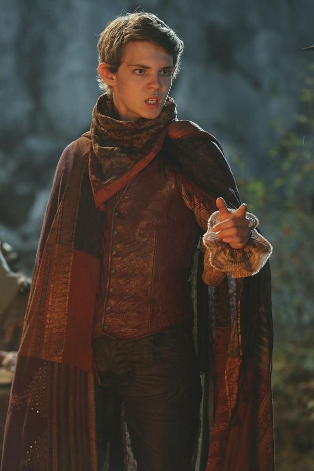 Why does Peter Pan (On Once Upon a Time) have to be so cute yet so bad! It really kills me! : 