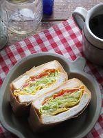 バター蒸しキャベツの卵包み極厚サンド。1個でお野菜100g! by 小澤 朋子   レシピサイト「Nadia   ナディア」プロの料理を無料で検索