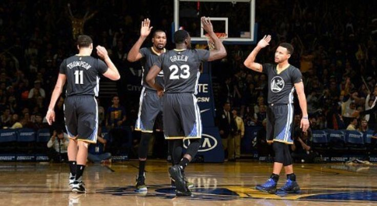 Warriors Breeze Past Blazers on Slate Night Dubs Improve to 24-4  Posted: Dec 17, 2016 Kevin Durant set the tone early, hitting a 3-pointer on the game's opening possession. Durant finished with 34 pts on a night Dubs shot 58.6 percent from the field, had 36 assists on 51 baskets. Draymond Green, a double-double with 13 assists, 12 rebounds, Ian Clark had a huge game off bench with career-high 23 pts. Stephen Curry had 19 pts, 6 assists while Klay Thompson added 16 pts.