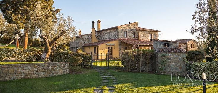 Villa di lusso con piscina in vendita a Firenze