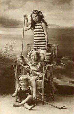 17 migliori idee su Costume Da Bagno Vintage su Pinterest  Costumi da bagno d'epoca, Costumi da ...