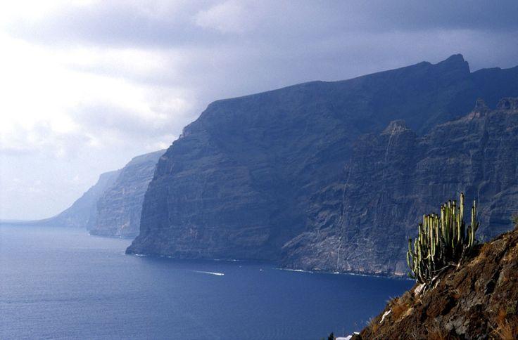 Diez acantilados espectaculares de España que quitan el hipo: LOS GIGANTES