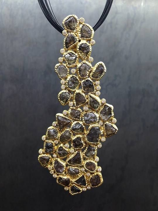 Necklace | Todd Reed. 18k gold and raw diamonds.