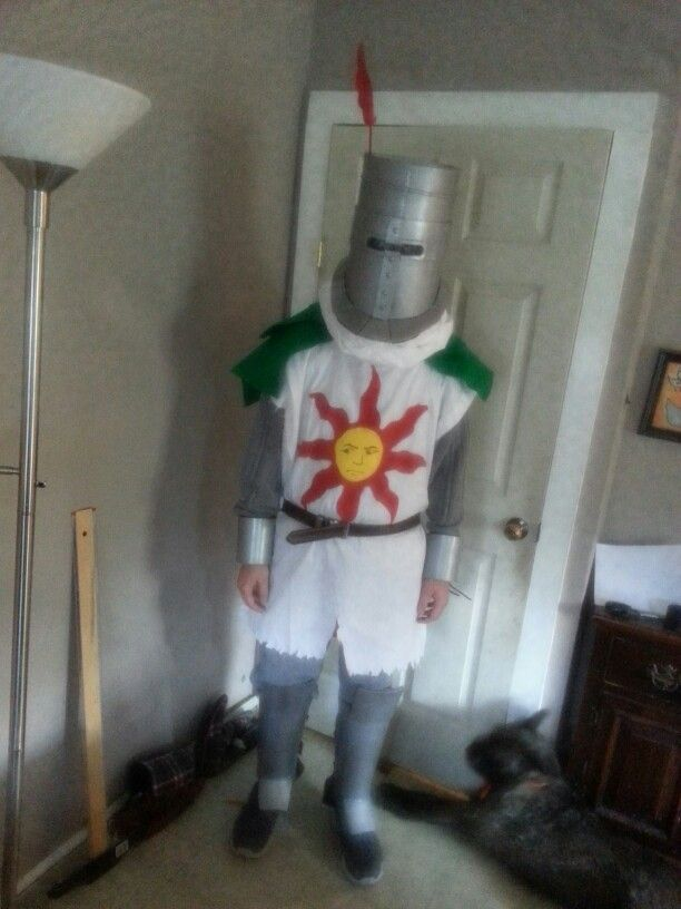 Solaire costume