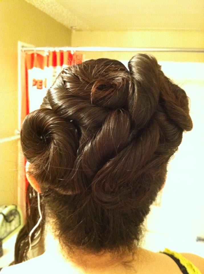 Hairstyles After Shower : Back of updo 1 with a wet hairstyle after shower. How to: 1)Tie hair ...