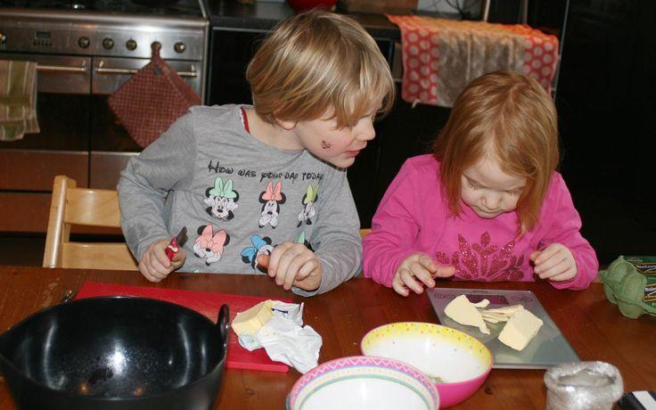 Perentaart gemaakt door Jobke en Ferieke - Kids in the Kitchen