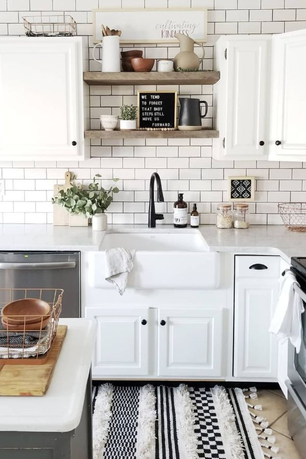 65 Beautiful Modern Kitchen Ideas Pictures Designs 2020 Page 23 Of 65 My Lovely Home Des Kitchen Design Kitchen Tiles Design White Subway Tile Kitchen