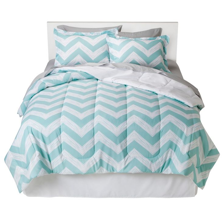 Aqua Chevron Bed In A Bag (Queen) - Room Essentials, Blue White