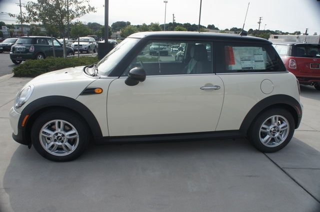 2013 MINI Cooper Hardtop, a classic look in Pepper White #MINIbaltimore