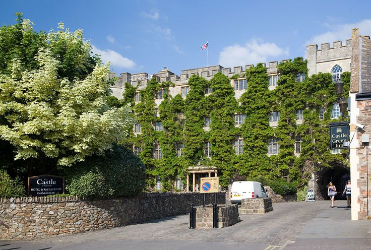 The Castle Hotel in Taunton is a romantic luxury Somerset castle that provides a unique place to celebrate your wedding. The Castle has no equal in the region.
