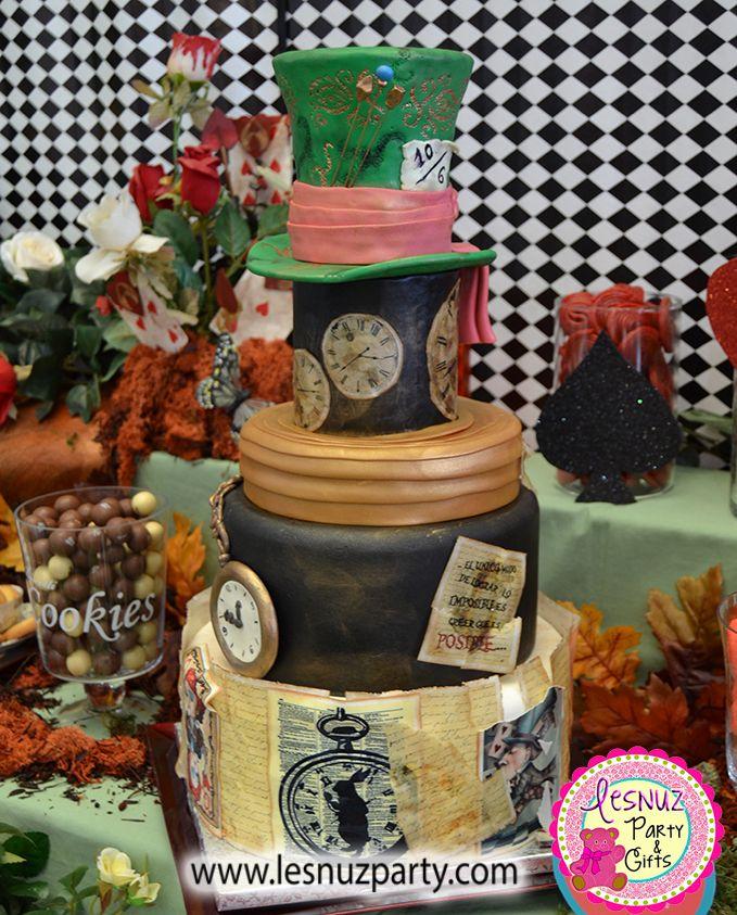 Tarta temática Sombrerero Loco - Mad Hatter themed cake Lesnuzparty