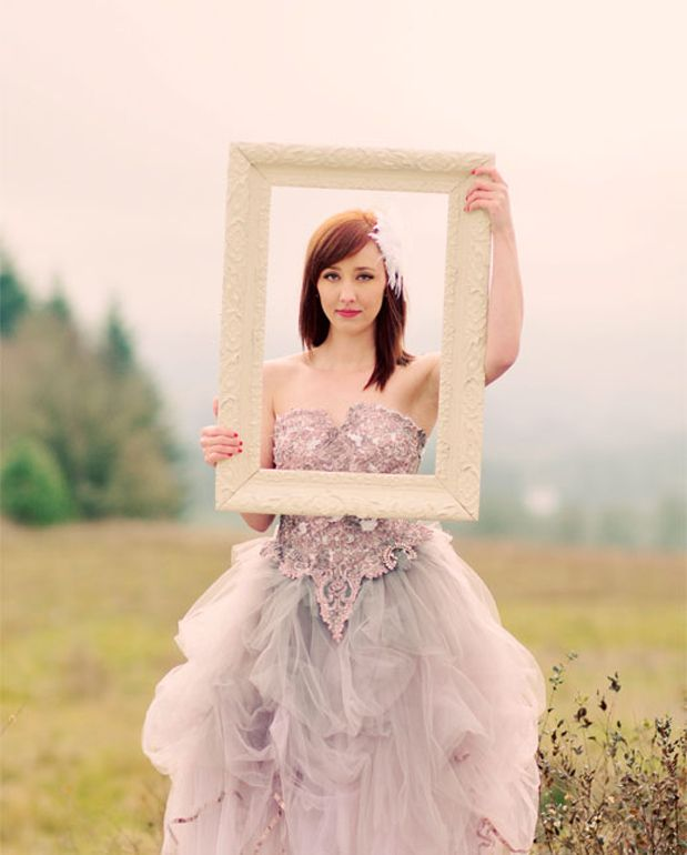 Wedding Attire Rental: 17 Best Ideas About Wedding Dress Frame On Pinterest