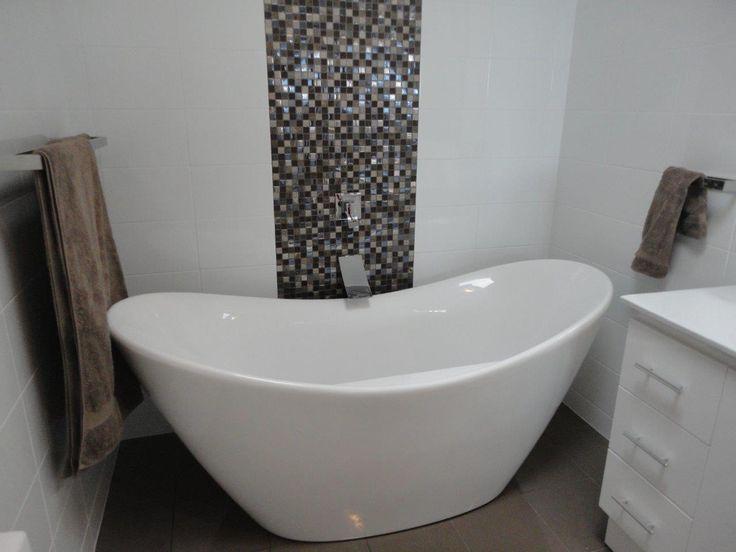 A classic freestanding bath shape with a modern twist