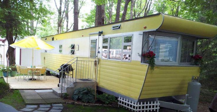 Smoker Aritocrat Vintage Mobile Home Exterior 5
