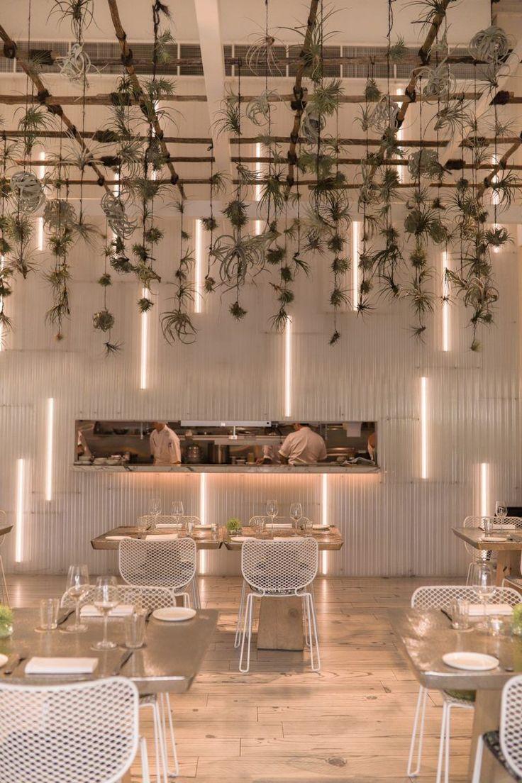 Be inspired by these 20+ restaurant decor ideas | www.essentialhome.eu/blog