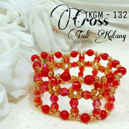 https://www.tokopedia.com/talikutang/gelang-wanita-handmade-cantij-tkgm-132-cross-red