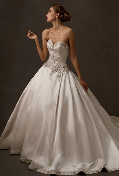 Amalia Carrara This is that dream dress that I didn't know I was dreaming of till I saw it