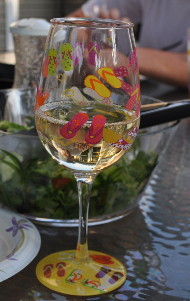 16 best i want images on pinterest painting on for Acrylic paint on wine glasses