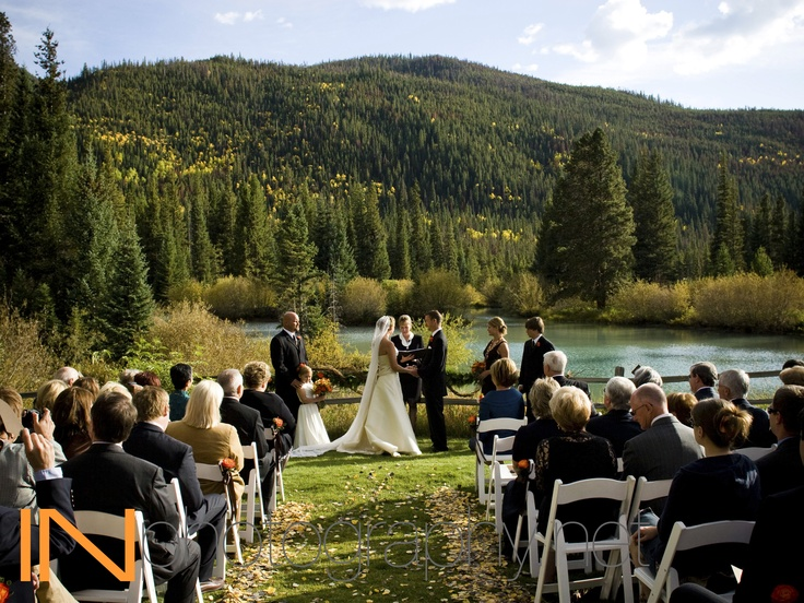 Falling In Love in the Fall. <3 Venue: Ski Tip Lodge, Keystone Resort, CO www.keystoneweddings.com