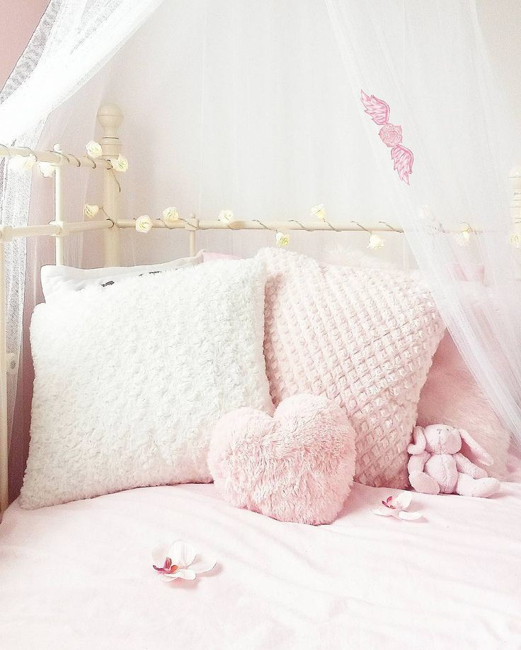579 best room images on Pinterest Decorating ideas, Living room