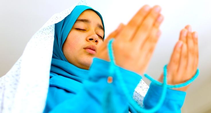 Hijab is seen as a sign of oppression for many, yet for most Muslim women it is a religious act! Check this! ❤️☪️http://buff.ly/2qVPzlO?utm_content=buffer3cfe0&utm_medium=social&utm_source=pinterest.com&utm_campaign=buffer